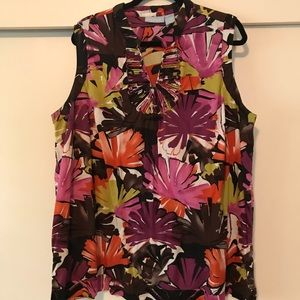 Sleeveless purple/black floral blouse 2xl. 22/24